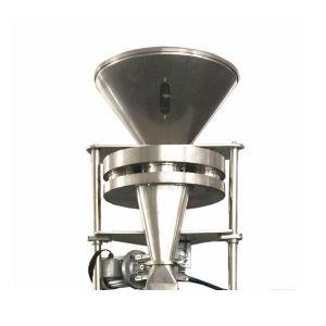Tūrinio taurelio pildymo mašina